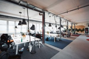 Read more about the article Why People Thrive in Coworking Spaces